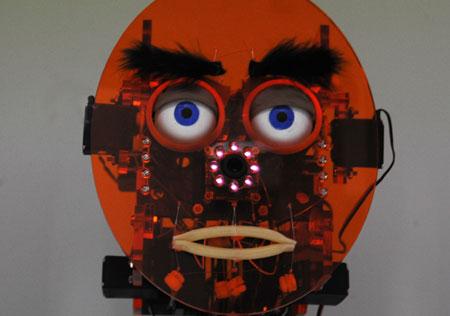 0610-robots3-a
